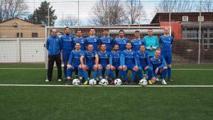 Training - 1. Mannschaft @ FC Feuerbach - Kunstrasen